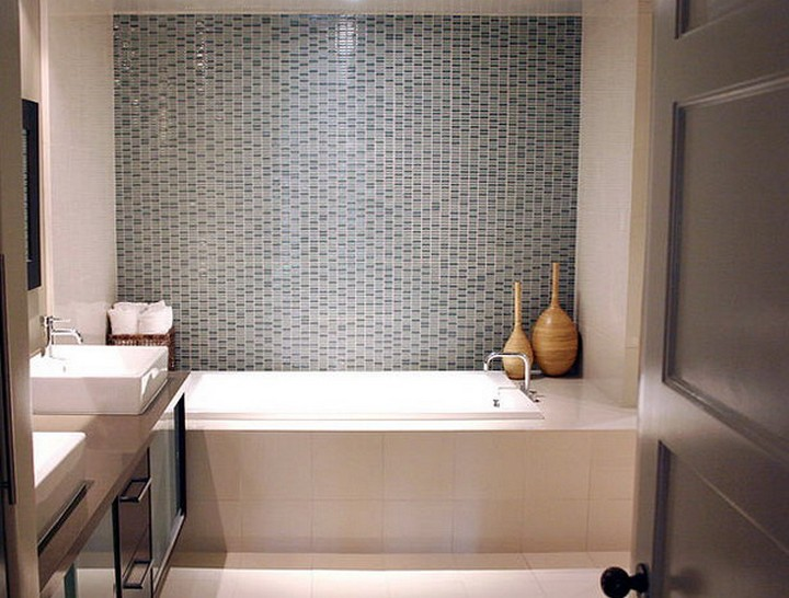 5 Decorating Ideas for Small Bathrooms | Home Decor Ideas on Small Bathroom Ideas Decor id=62393