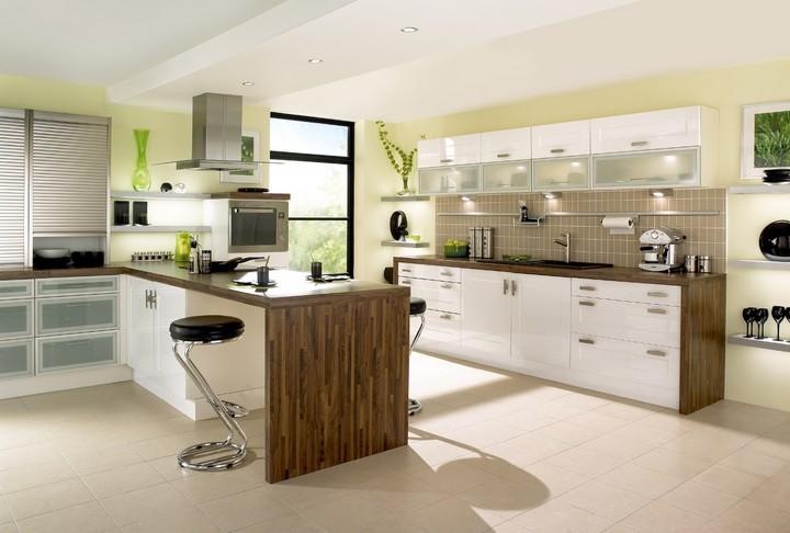 5 brilliant modern kitchen islands that we love home for Perfect modern kitchen