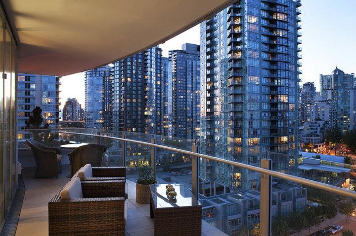 Luxurious high rise Tips to Minimize Urban Stress Tips to Minimize Urban Stress high rise