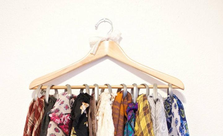 Scarf hanger Ten tips to organize your home Ten tips to organize your home imag64