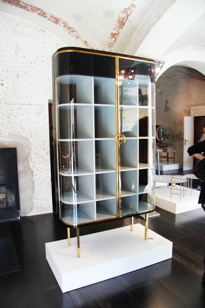 how to select the most fancy cabinet hardware How to Select the Fanciest Cabinet How to Select the Fanciest Cabinet nika zupanc se london collection III closet designisti