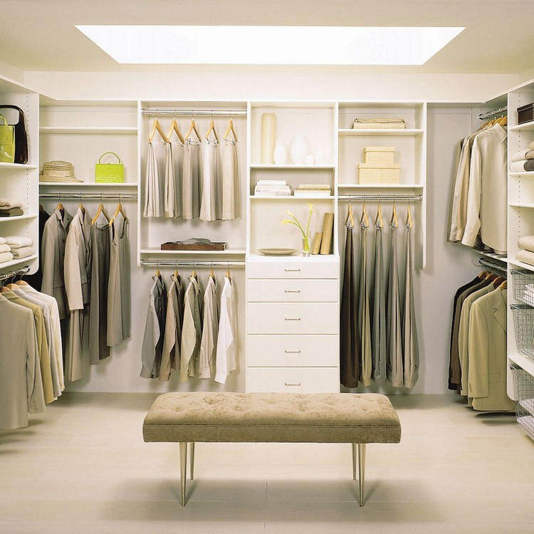 810 Decorating Ideas for your Bedroom Closet