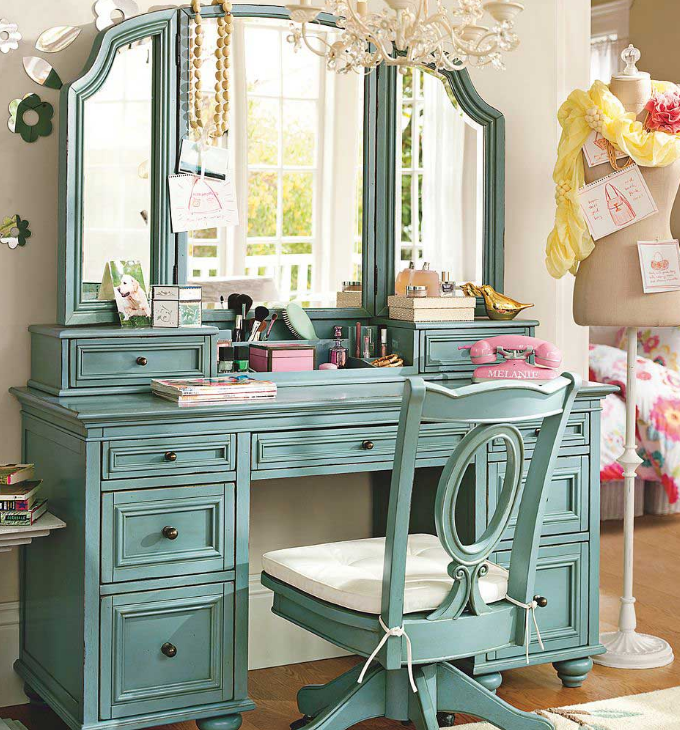Boca do lobo-txt-Dressing table-10 dressing tables Top Ten Dressing Tables with Mirror for Celebrity Homes Boca do lobo txt Dressing table 10