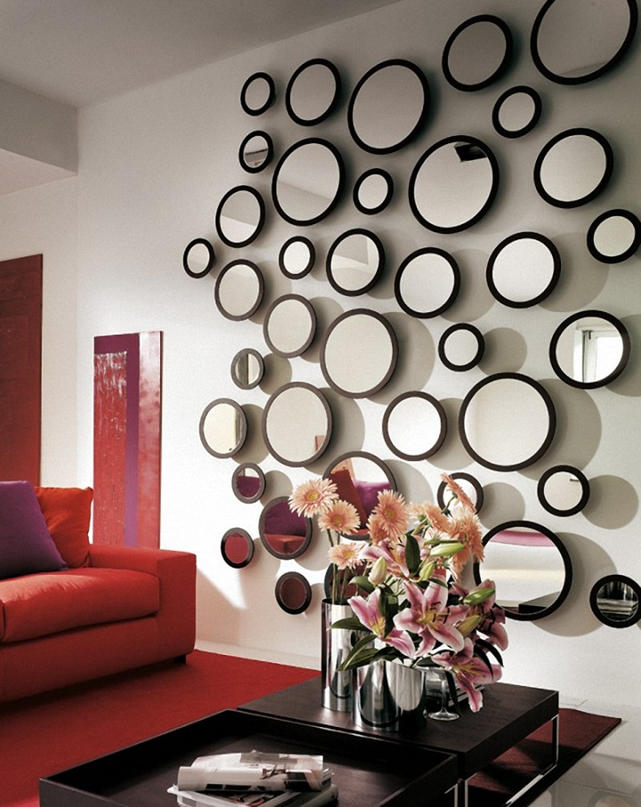 """Mirrors were used as decoration for many years because of their stylish and elegant beauty. They elevate your indoor spaces from ordinary to extraordinary."" How to choose the perfect regular mirror for your room How to choose the perfect regular mirror for your room How to choose the perfect regular mirror for your room 03"