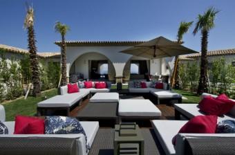 Inspiring-Outdoor-Lounge-Design-Ideas-feature