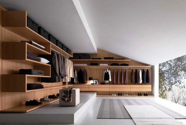 feat.1 Decorating Ideas for your Bedroom Closet