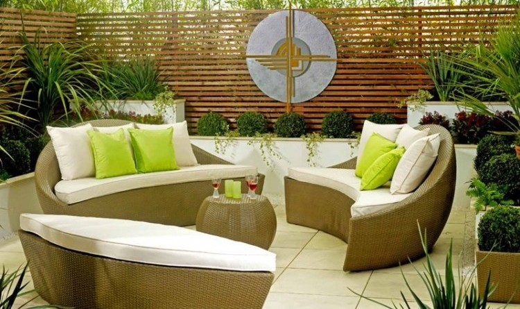 Sofa-Ideas-For-Outdoor-Spaces-feature