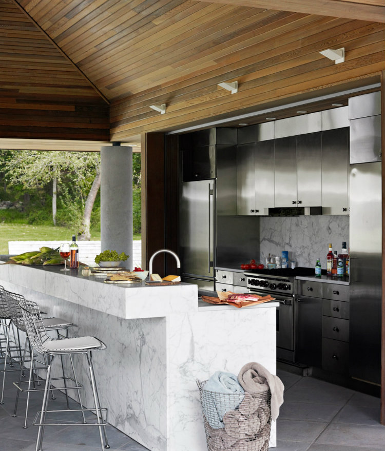 Incredible Outdoor Kitchen Design Ideas On Backyard: Amazing Outdoor Kitchens