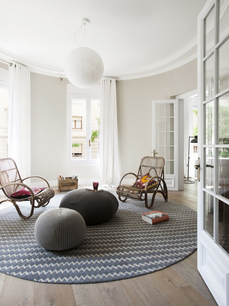 ROUND AND COLORFUL rugs, the new trend! ROUND AND COLORFUL RUGS, THE NEW TREND! ROUND AND COLORFUL RUGS, THE NEW TREND! 124