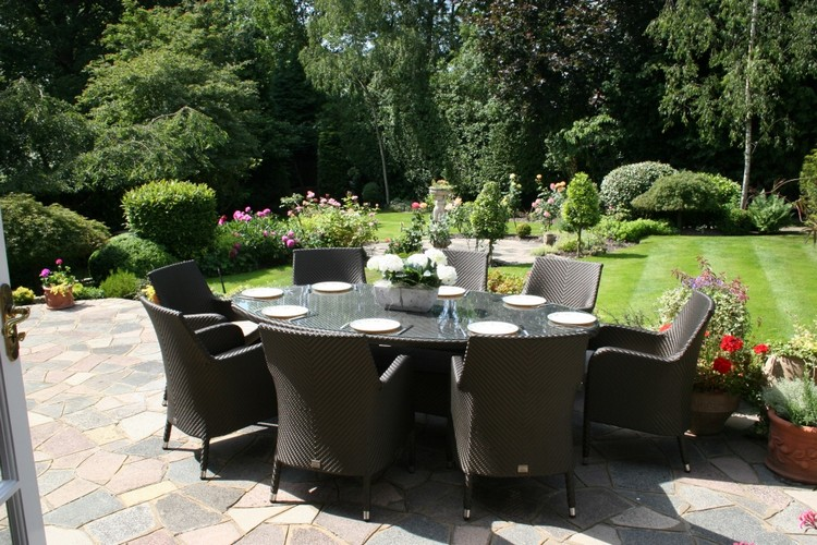 Garden Tables for an outstanding outdoor decoration Garden Tables for an outstanding outdoor decoration Garden Tables for an outstanding outdoor decoration large