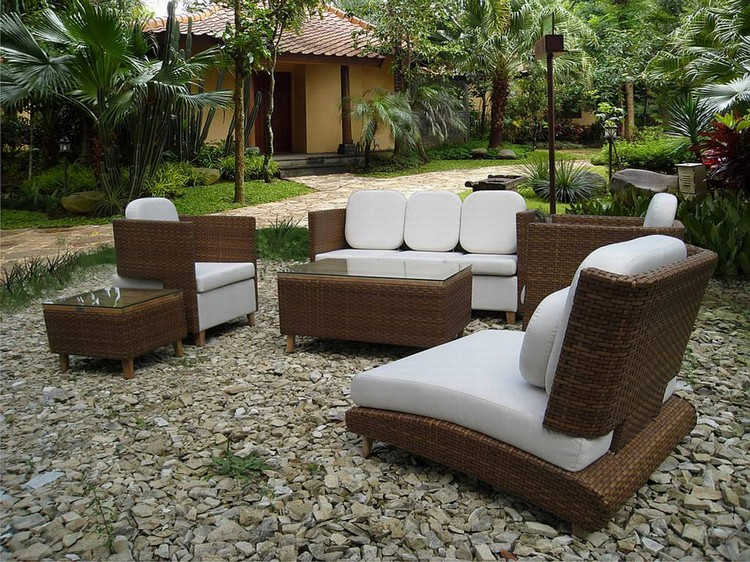 Garden Tables for an outstanding outdoor decoration Garden Tables for an outstanding outdoor decoration Garden Tables for an outstanding outdoor decoration small