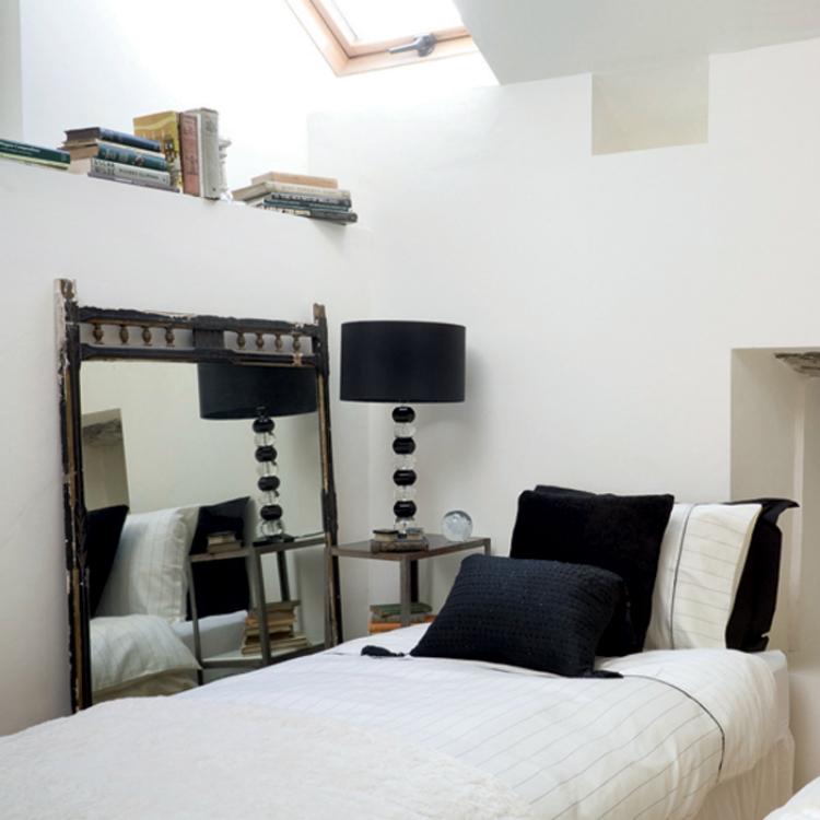 Black & White Bedroom Ideas Bedroom Monochrome Inspiring Bedroom guest2