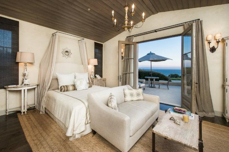 Lady Gaga´s Malibu Home Lady Gaga´s Malibu Home Lady Gaga´s Malibu Home this bedroom has a private patio