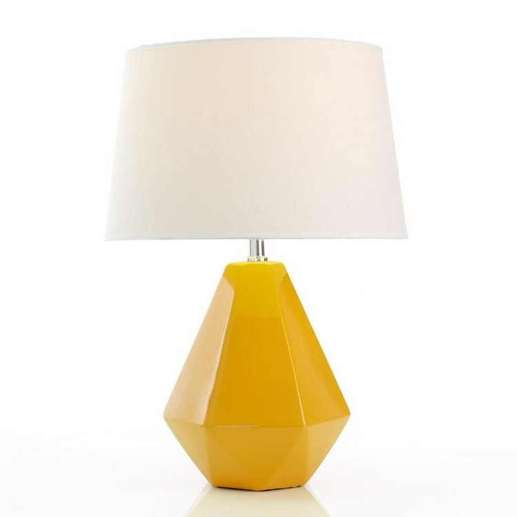 bedroom decor ideas Bedroom Decor Ideas: 50 Inspirational Table Lamps yellow