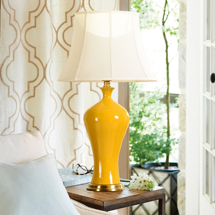 bedroom decor ideas Bedroom Decor Ideas: 50 Inspirational Table Lamps yellow4