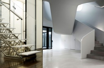 10 Modern Design Staircases