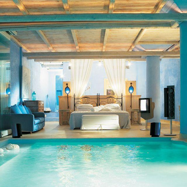 pool-luxury-bedroom-inspirations