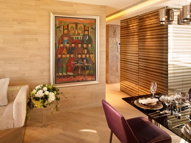 Living in a Small Luxury Flat1 Luxury flat Living in a Small Luxury Flat Living in a Small Luxury Flat2