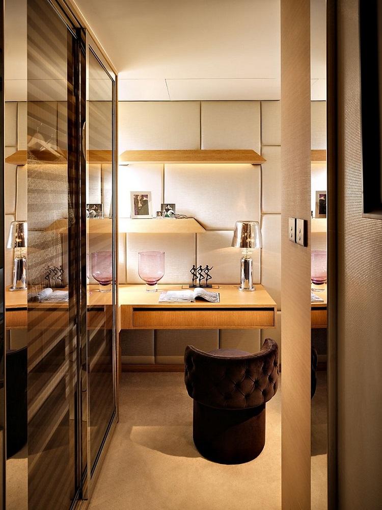 Living in a Small Luxury Flat Luxury flat Living in a Small Luxury Flat Living in a Small Luxury Flat6