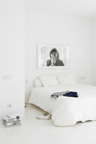 Modern white scandinavian design scandinavian design AMAZING SCANDINAVIAN DESIGN BEDROOMS 0dff54ce d69f 43b3 87f8 af7c1a0dbc00
