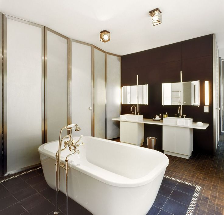 Luxury bathroom design by Andree Putman