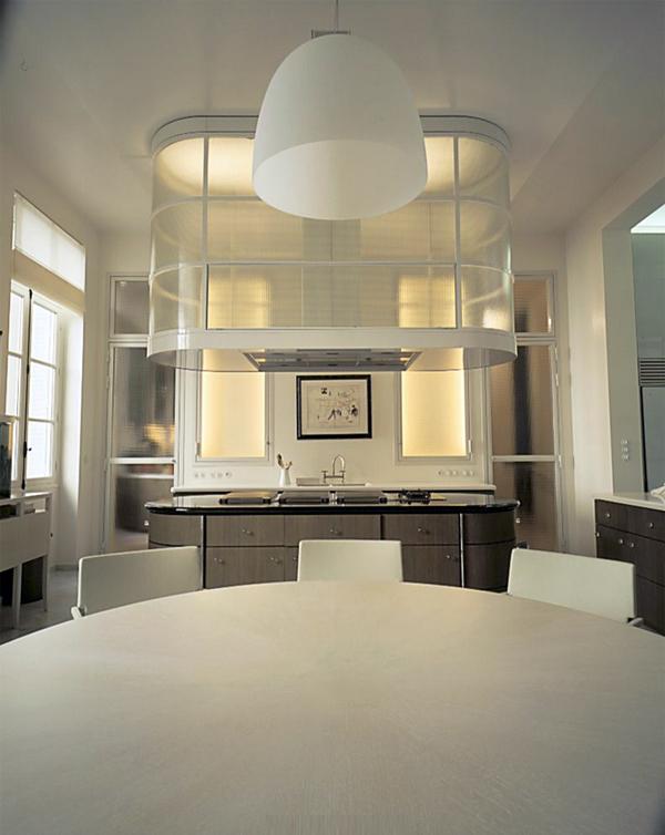 White modern kitchen design in a Parisian home
