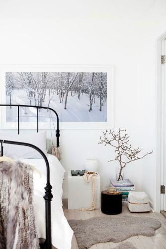 White modern scandinavian design scandinavian design AMAZING SCANDINAVIAN DESIGN BEDROOMS 78531587223491417 ggzx09ef c