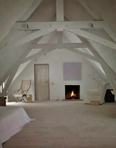 living room design ideas axel vervoordt BEST MODERN INTERIOR DESIGN IDEAS BY AXEL VERVOORDT Axel Vervoordt living room design ideas