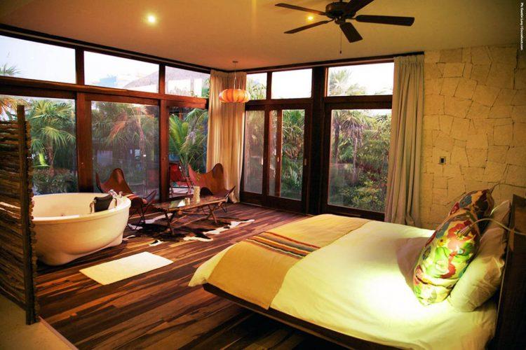 Tropical Interior House Design