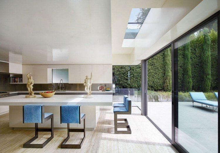 blue kitchen kitchen ideas Amazing Blue Kitchen Ideas blue kitchengallery 1466787158 kitchen3 e1470221694423