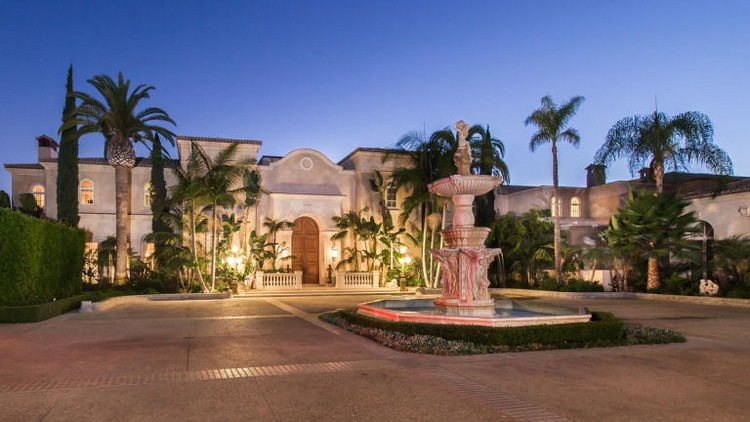 expensive home expensive home Take A Look At The Most Expensive Home in America expensivegallery 1441379154 la fi hotprop 195 million estate 20141106 pict 012