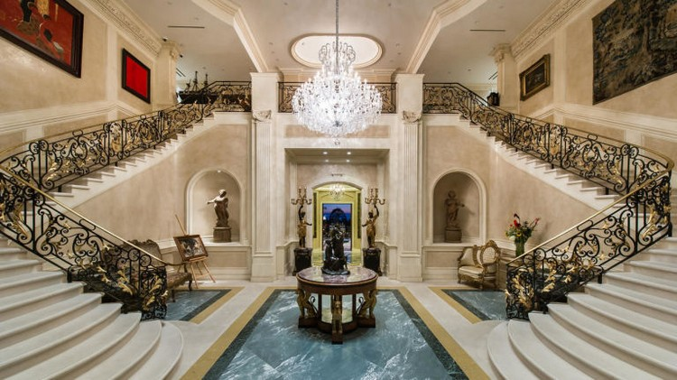 Expensive Home expensive home Take A Look At The Most Expensive Home in America expensivegallery 1441379245 la fi hotprop 195 million estate 20141106 pict 004