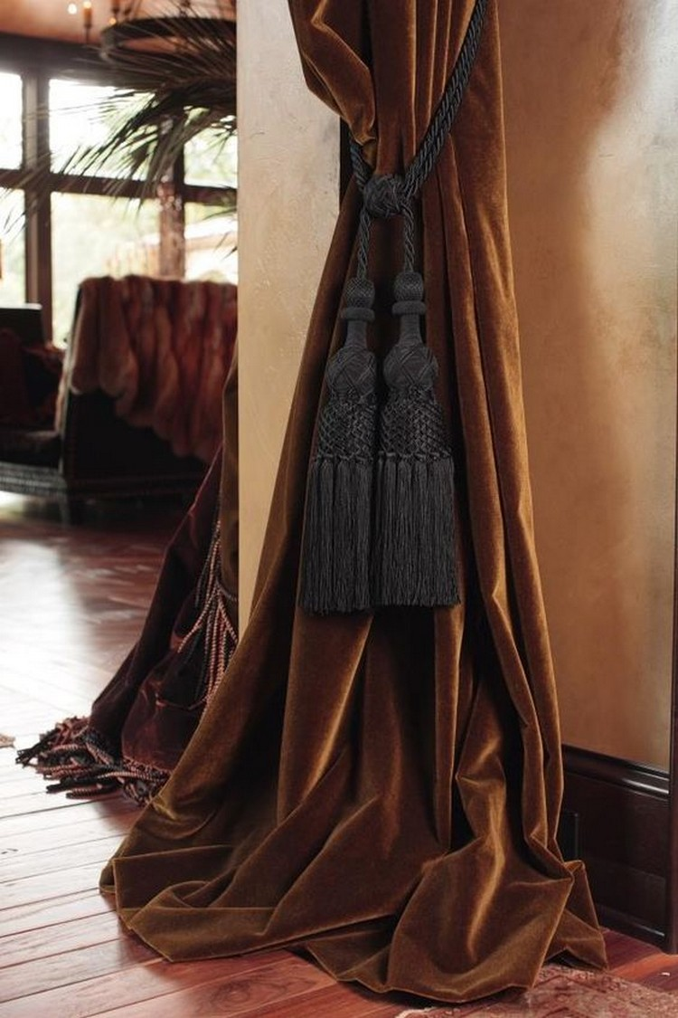 velvet velvet interiors Trend Alert: Velvet Interiors velvet 200d198024107e527fb63f3cd9383d1a