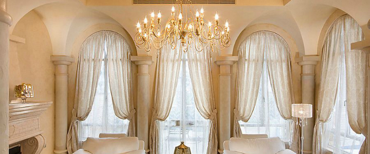 best draperies The Best Draperies To Make Your Bedroom More Dramatic Delicate drapes seem perfect for the Mediterranean living room