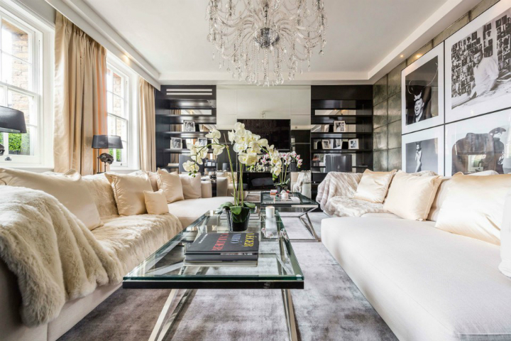 Celebrities Homes Celebrities Homes Restoring Celebrities Homes – Alexander McQueen Celebrity Homes Alexander McQueens House Restoration in London living room black and white 658x439