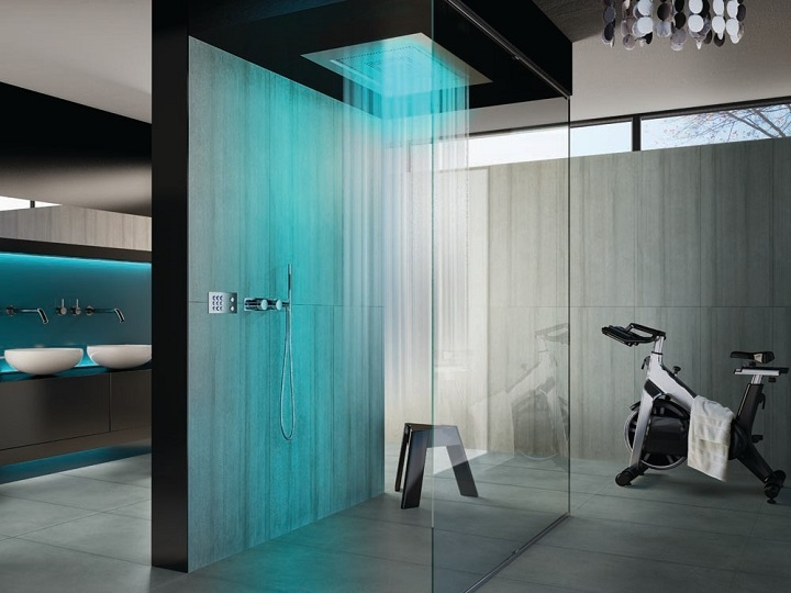 1-shower-leds Luxury Bathroom How To Choose The Perfect Luxury Bathroom Design 1 Shower LEDs