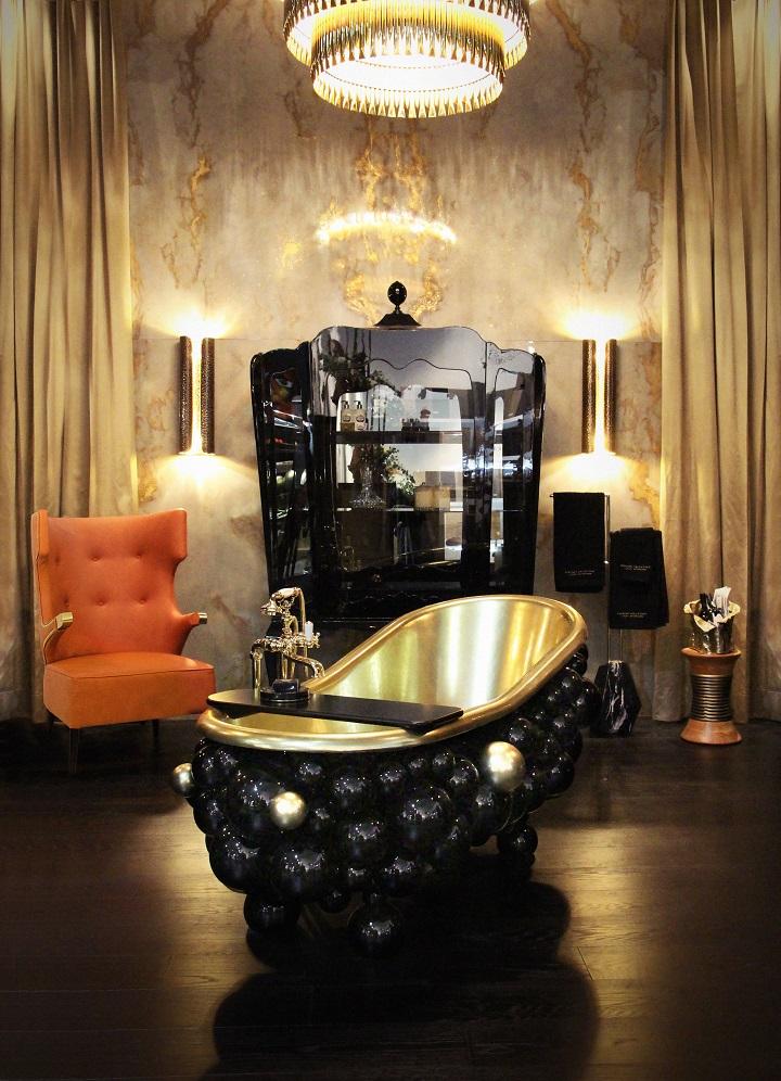 5-newton-bathtubs-palace-display-case-maison-valentina-hr Luxury Bathroom How To Choose The Perfect Luxury Bathroom Design 5 newton bathtubs palace display case maison valentina HR