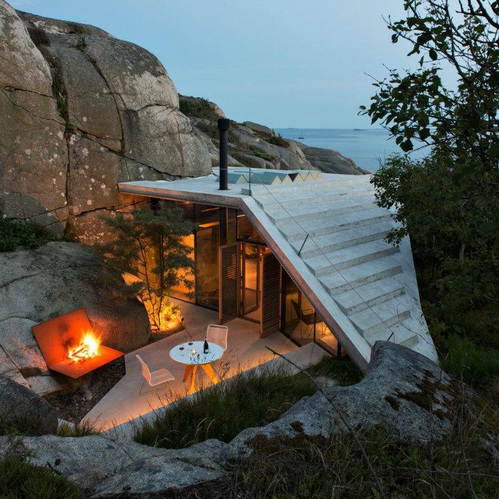cabin-knapphullet-lund-hagem-photography-sandefjord-norway_dezeen_sqa modern house design Top 10 Modern House Design Of 2016 cabin knapphullet lund hagem photography sandefjord norway dezeen sqa