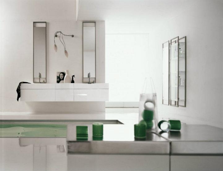 green-white-bathroom luxury bathrooms ideas Beautiful Minimalist Luxury Bathrooms Ideas green white bathroom