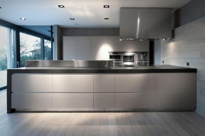 6-villa-lugano-kitchen