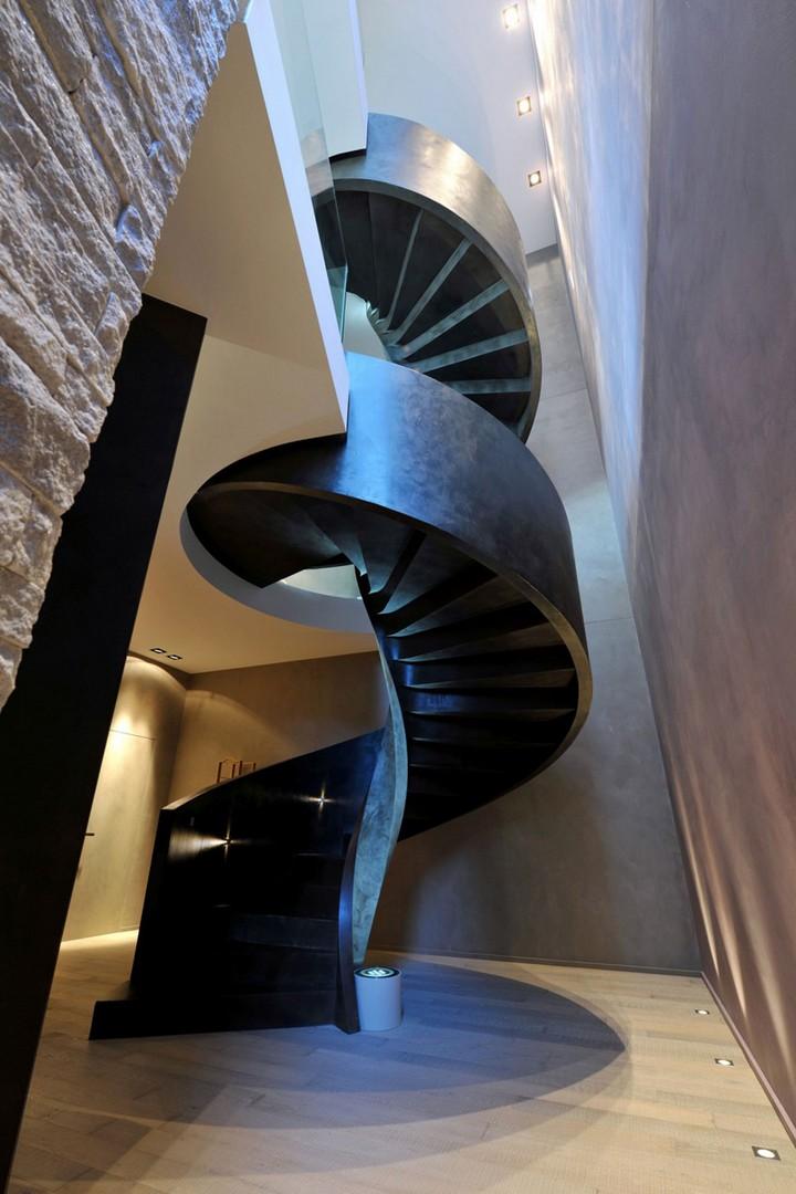 8-villa-lugano-staircase