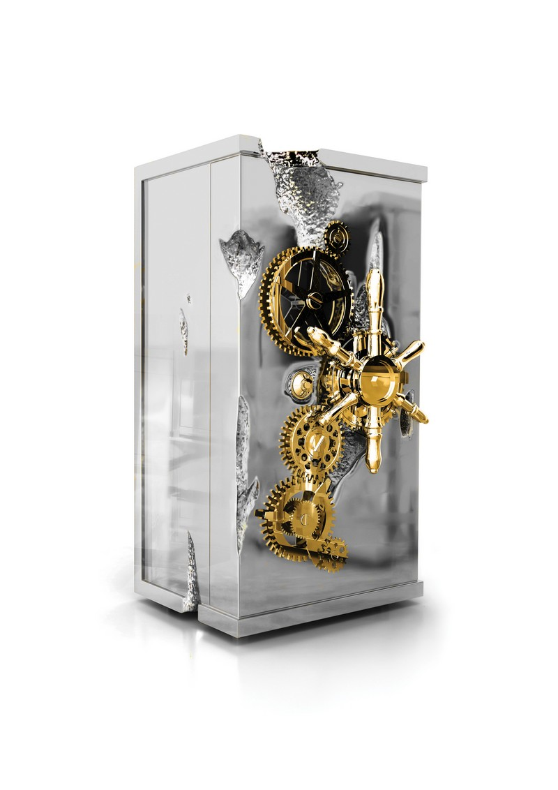 Gold Rush and Millionaire Luxury Safe Gold Rush and Millionaire Luxury Safe The Gold Rush and Millionaire Luxury Safe by Boca do Lobo millionaire silver luxury safe boca do lobo 1