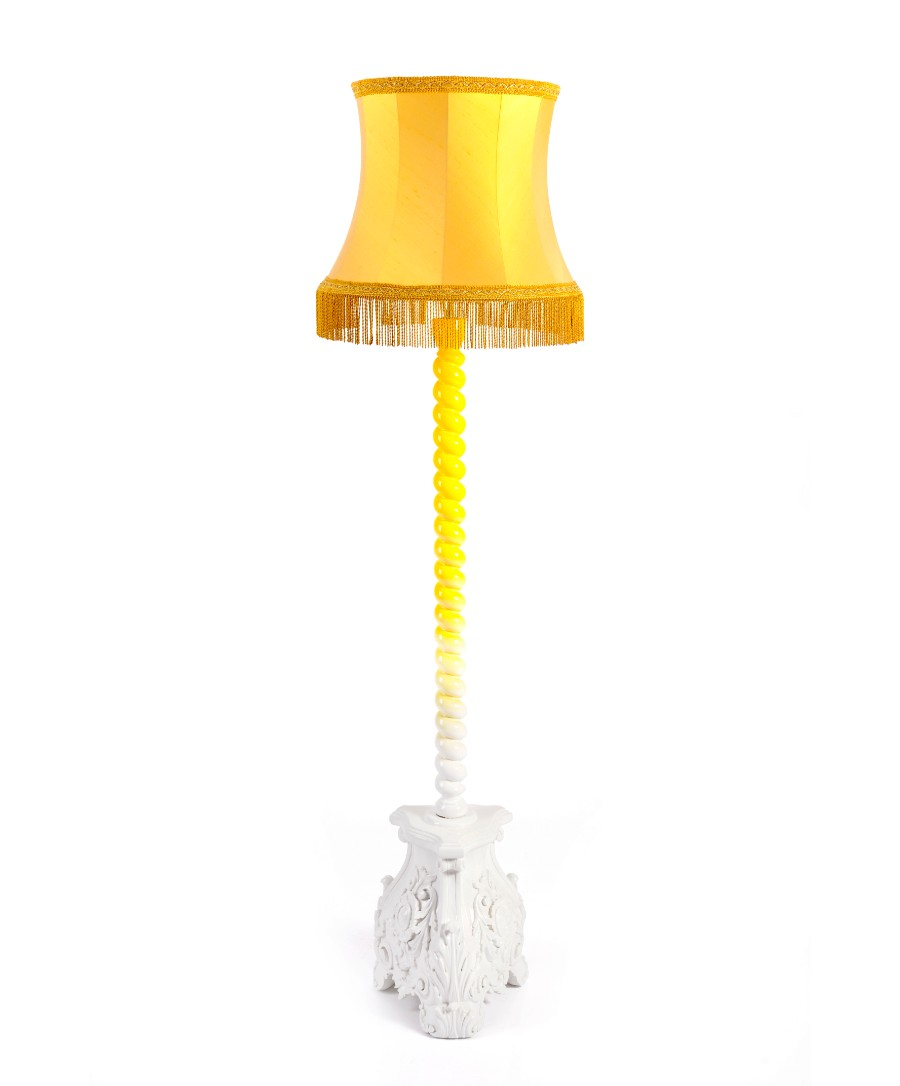 Boca do Lobo's Lightening Pieces Will Change Your House Decor | www.bocadolobo.com #homedecorideas #decorideas #homedecor #decoration #decorationideas #lightening #bocadolobo #luxurybrands #luxuryfurniture @homedecorideas home decor Boca do Lobo's Lighting Pieces Will Change Your Home Decor Boca do Lobo   s Lightening Pieces Will Change Your Home Decor 1