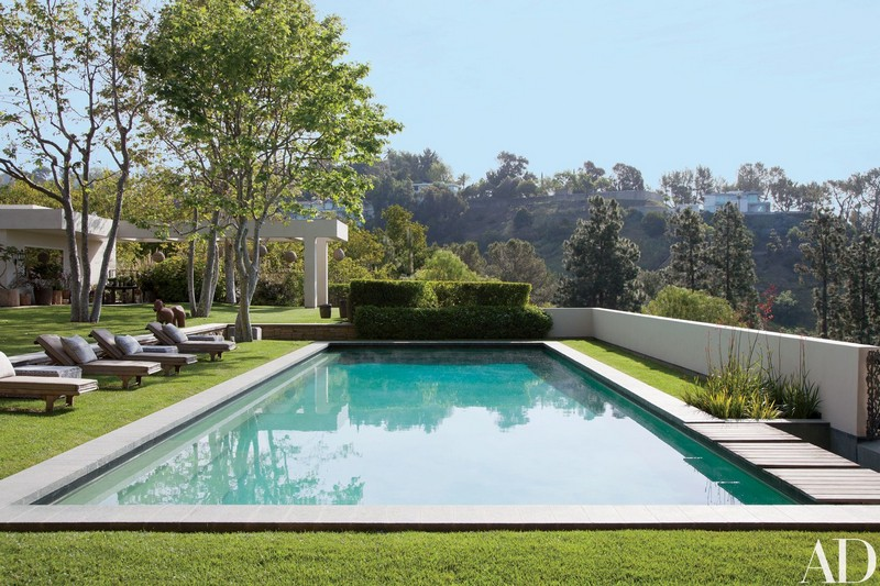 ellen degeneres and portia de rossi The Rustic Beverly Hills Home of Ellen DeGeneres and Portia De Rossi 17 ellen degeneres beverly hills home 11