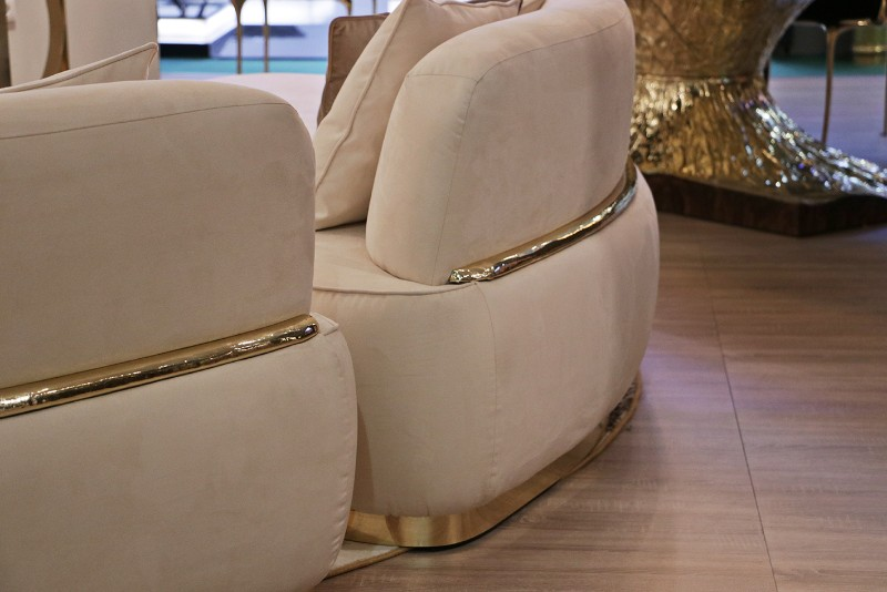 Living room Decorate Your Living Room With Stunning Boca do Lobo's Designs odette sofas
