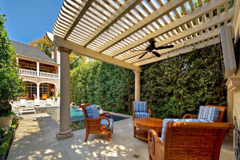 luxury lifestyle 10 Amazing Outdoor Areas That Will Perfectly Fit Your Luxury Lifestyle 7 10 amazing outdoor areas that will perfectly fit your luxury lifestyle