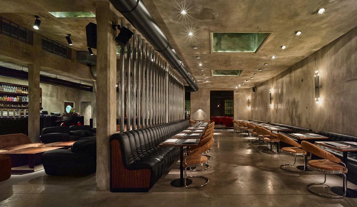 The Restaurant Dash Kitchen Decoration by Fabio Fantolino | www.bocadolobo.com #restaurant #restauramtdecor #italiandesign #decoration #kitchen #homedecor #homedecorideas @homedecorideas