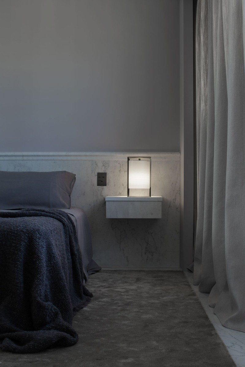 monochromatic Parisian Apartment Enhances Prestige Through Monochromatic Minimalism HDI minimalism 7