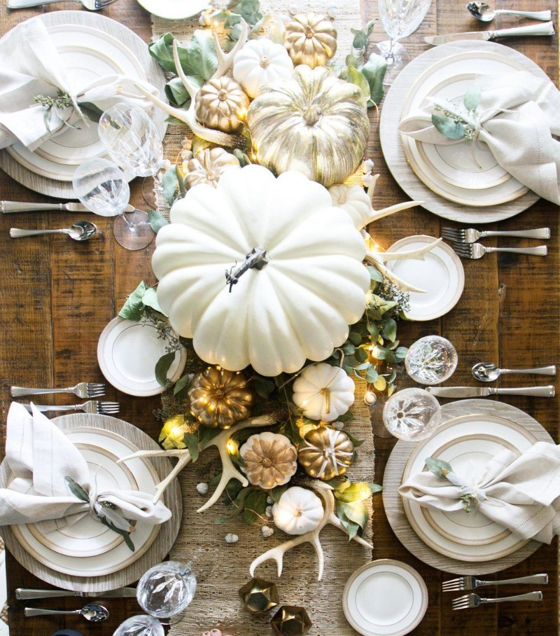 dining room Beautiful Dining Room Decor to Gather Your Family on Thanksgiving Beautiful Dining Room Decor to Gather Your Family on Thanksgiving 02