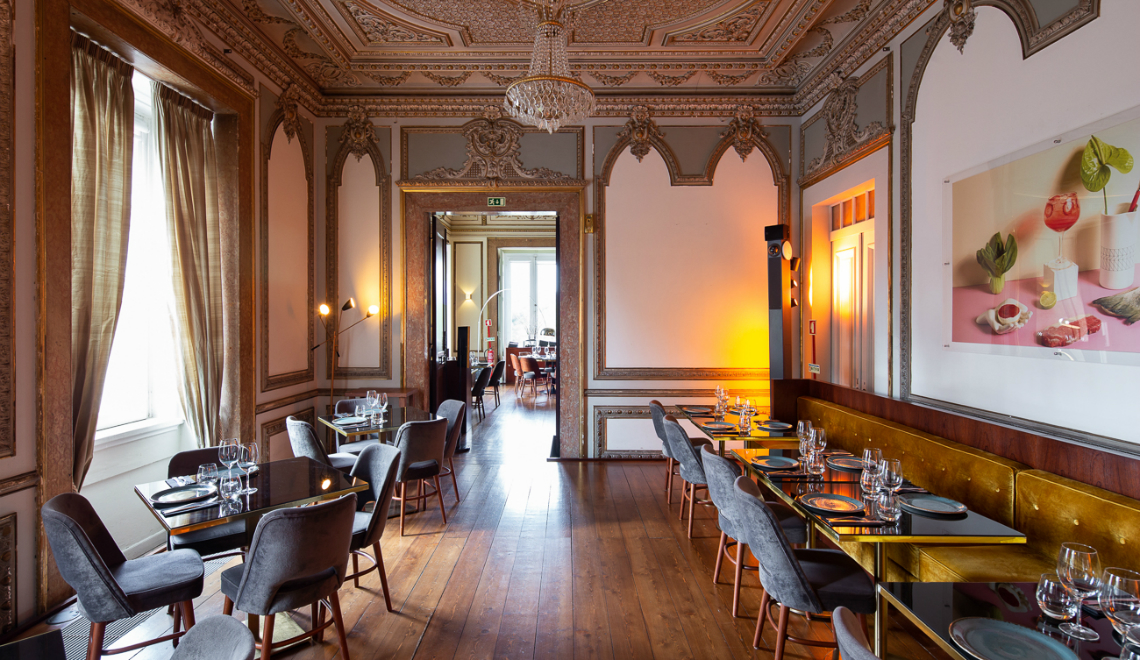 Restaurant Design 18th Century Palace Renovated with An Amazing Restaurant Design feature 1